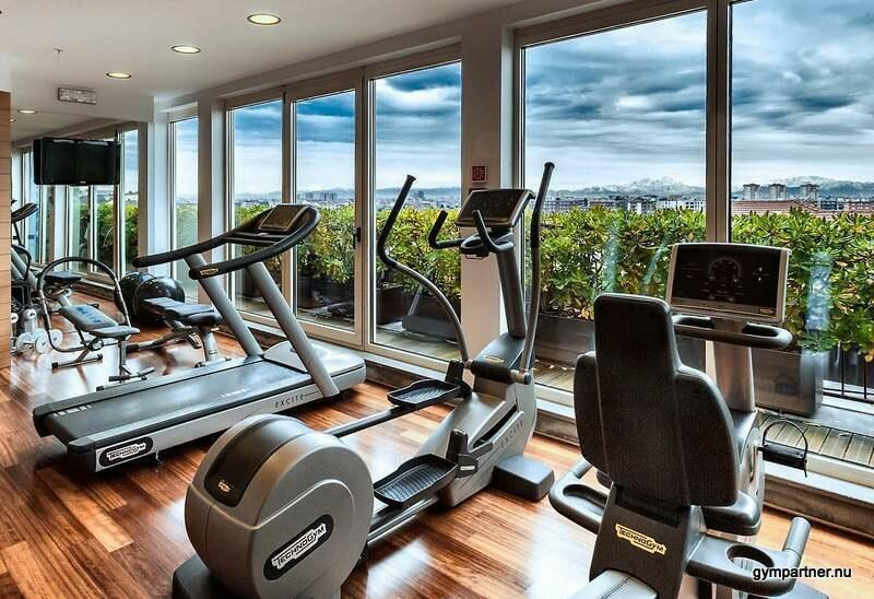 """GymKonsulten söker gymägare till exklusivt """"Hotellgym"""" med havsutsikt och 7 meter i takhöjd."""